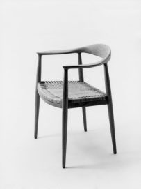 HansWegner_TheroundChair_1949_-1280x1714